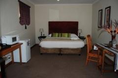 Room-10-bed