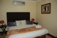 Room-6-bed